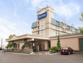 Travelodge By Wyndham Calgary International Airport South
